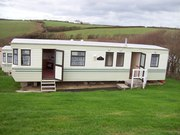 Feature_caravan_bude_002